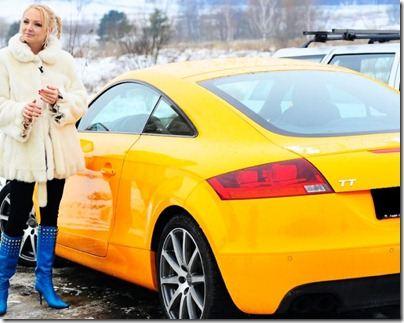 Даша и Сергей Пынзарь выбирают машины ярких цветов