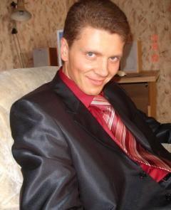 Илья Сидоров - 30-летний адвокат из Иванова