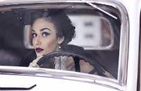 В машине не только в чатах общаются, но и аудиокниги слушают