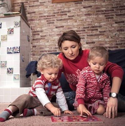 Diana Arbenina with babies
