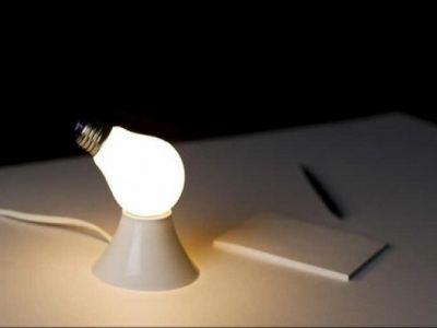 Лампочка-загадка для тех, кому нравится поломать голову