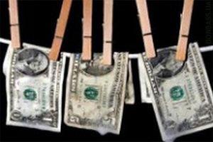 Для снижения нелегального финансового оборота, нужно бороться с коррупцией