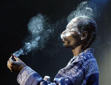 Снуп Догг должен будет заплатить штраф за свое пристрастие к курению травки
