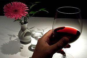 Небольшое количество красного вина не будет идти во вред