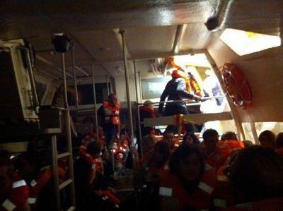 Спасательная операция по эвакуации пассажиров с лайнера