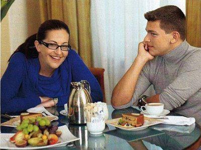 Бывшая жена Дмитрия Алиса Шер и их сын Кирилл