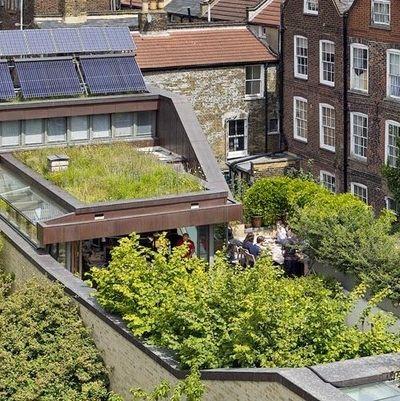 Экодом с садом на крыше