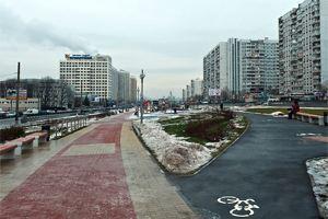 В Москве тротуарная плитка покрылась льдом