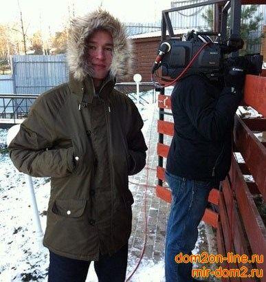 Один из пострадавших от взрыва на Доме 2, Александр Тишков. Саша работал осветителем на проекте. Молодому человеку недавно исполнилось 20 лет, москвич