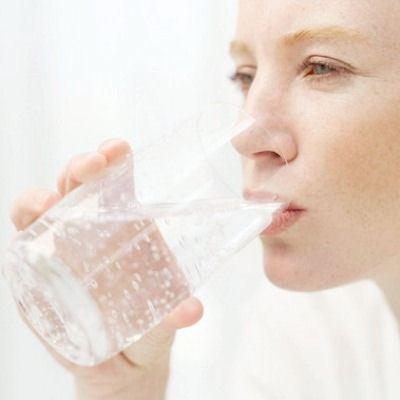 Человек должен выпивать 2 литра воды в день