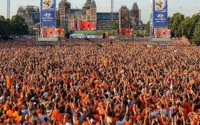 Фанаты Нидерландов прилетят в Украину в большом количестве
