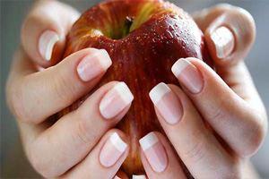 Укрепить ногти помогут несколько несложных приемов