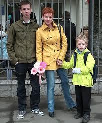 Жанна Эппле и сыновья