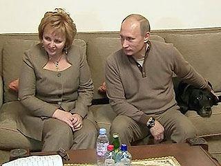 Людмила путина продолжает вести