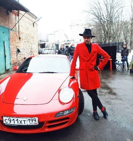 К 30 годам стилист Рогов добился признания в мире моды