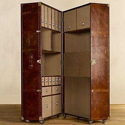 Чемодан-гардеробный шкаф