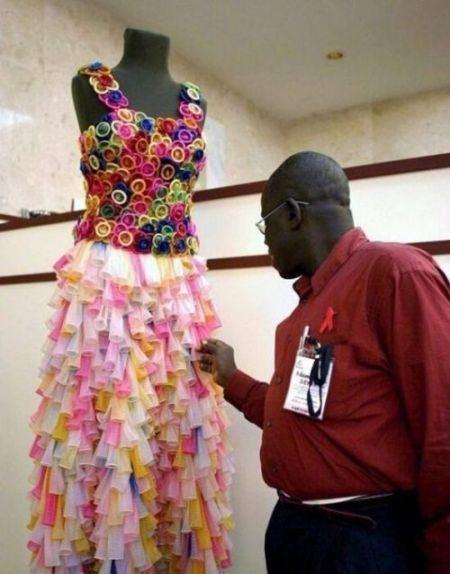 Африканский дизайнер создал яркое свадебное платье
