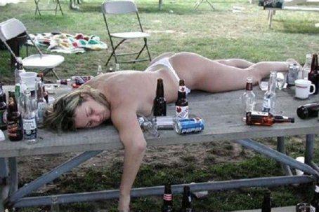 Напилася я пьяна, не дойду я дому...