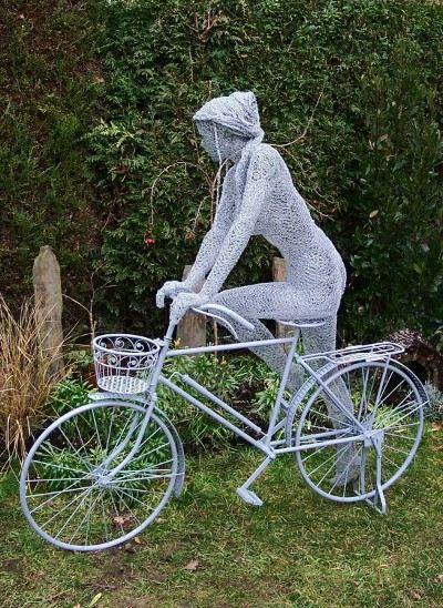 Скульптуры Дерека Кинзетта