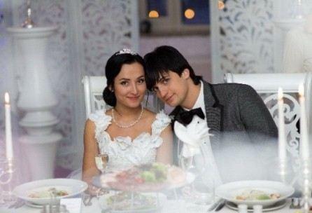 Дмитрий женился на подруге детства Виктории Хомицкой