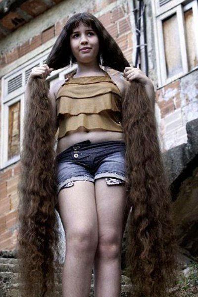 Наташа оценила свои волосы в 5000 долларов