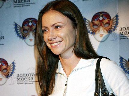 Красивая женщина и известная актриса