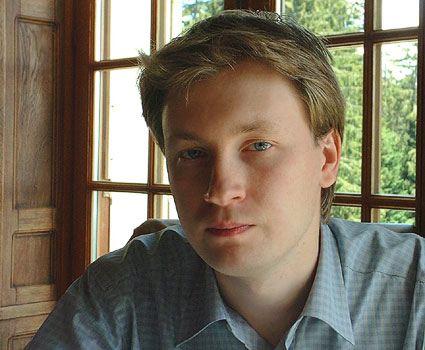Лидер московского гей-движения Николай Алексеев