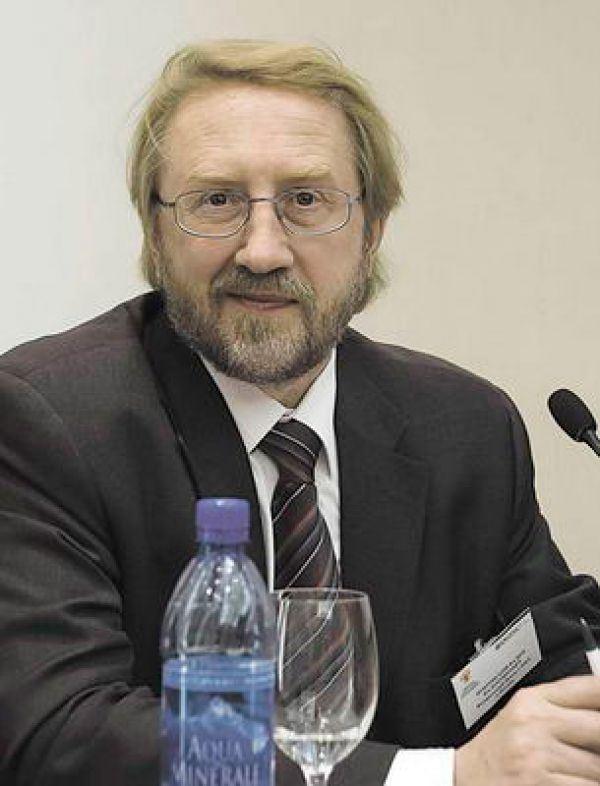 Руководитель Федерального научно-методического Центра по профилактике и борьбе со СПИДом Вадим Покровский