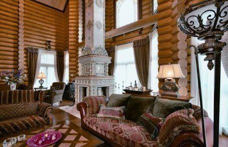 В деревянном доме сэкономите на внутренней и наружной отделке