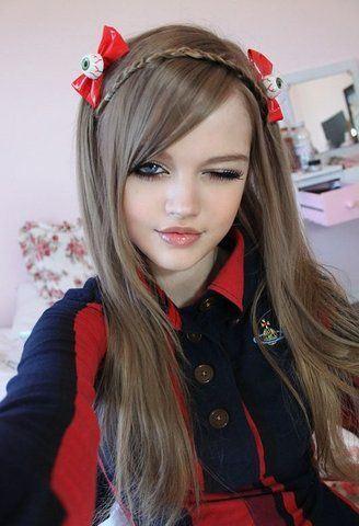 Девочка кукла по имени дакота уже