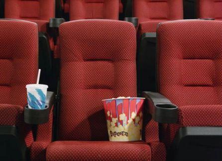 С таким раскладом кинотеатры скоро и вовсе опустеют