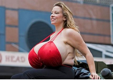огромная грудь картинки