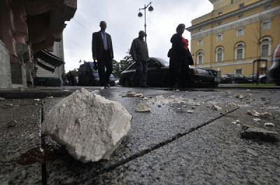 В Петербурге сохраняется угроза обрушения фасадов