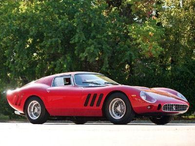Победитель - Ferrari GTO