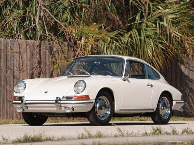 2 место - у Porsche 911