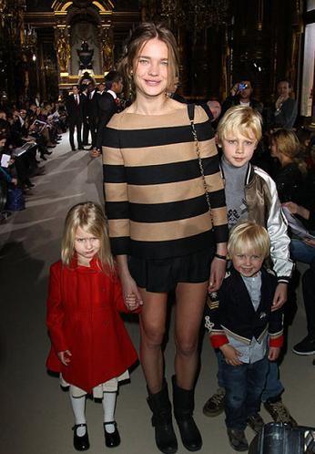Наталья Водянова с детьми