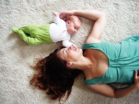Адель Энерсен со своей дочкой Милой