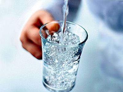 Пейте чистую воду.