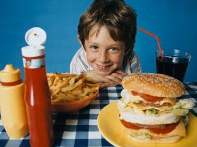 Фаст-фуд приводит к ожирению