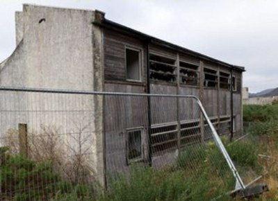 В поселке сохранилось много пустых домов