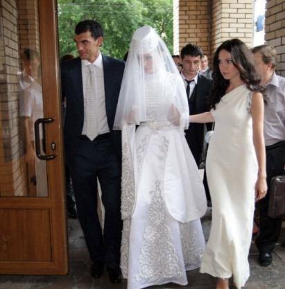 Платье невесты Заремы Абаевой было просто потрясающим