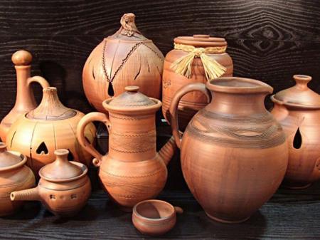 Эти и другие сувениры можно было купить на прошлом «Славянском базаре»