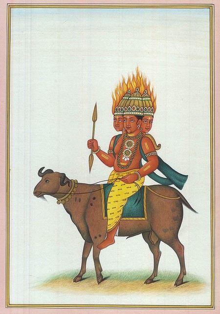 Свое название индийская баллистическая ракета «Агни» получила от имени бога огня.