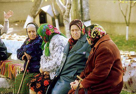 К 2015 году средний размер трудовых пенсий в России должен увеличиться не менее, чем на 45%