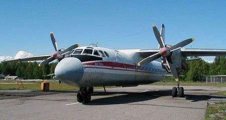 В Красноярском аэропорту женщина попала под винт самолета АН-24