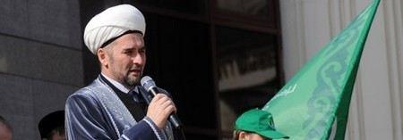 Муфтий Татарстана Илдус хазрат Файзов чудом остался жив после взрыва его машины в Казани