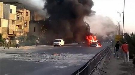 В боях в Дамаске правительственные войска применяют тяжелую технику