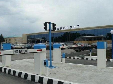В Челябинске почти 400 человек не могут вылететь в отпуск из-за неисправных самолетов