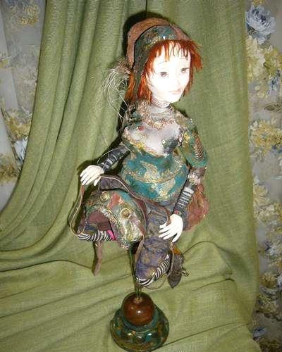 Восточная кукла