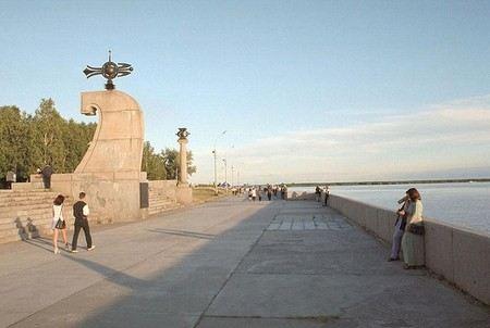 Пьяный мужчина обстреливал прохожих на набережной в Архангельске